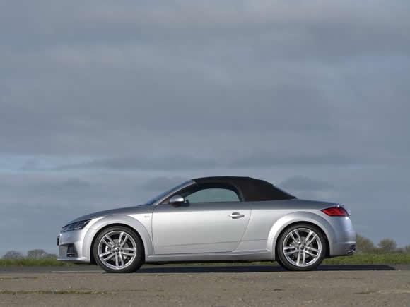 Audi TT Roadster 8S