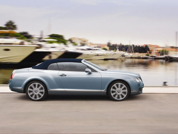 Bentley Continental GTC mk1