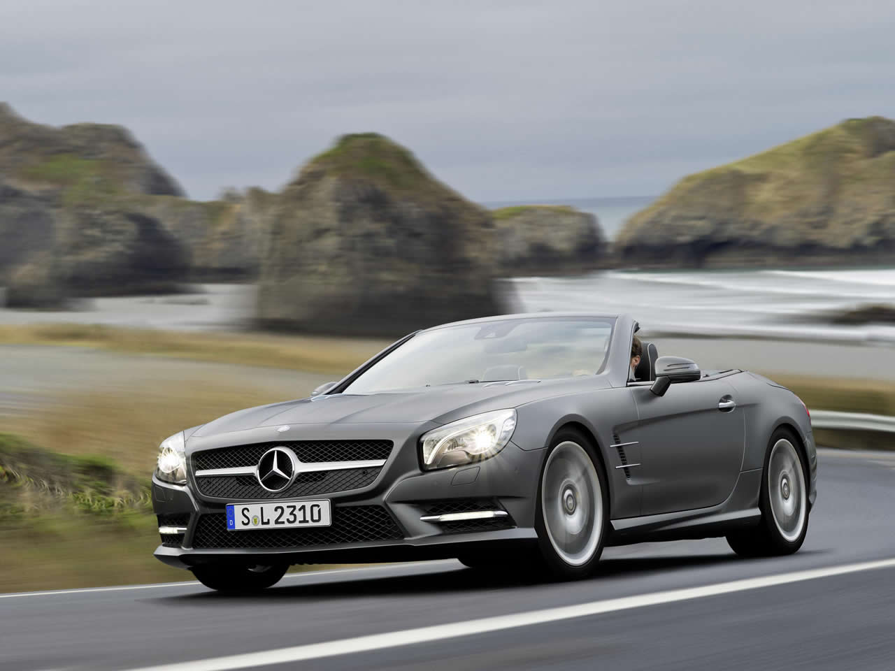 mercedes benz sl buying guide. Black Bedroom Furniture Sets. Home Design Ideas