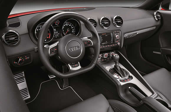 Audi TT RS plus Roadster interior