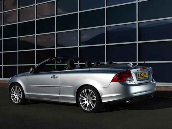 volvo c70 convertible review convertible car magazine. Black Bedroom Furniture Sets. Home Design Ideas
