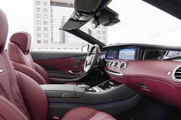 Mercedes S-Class Cabriolet interior