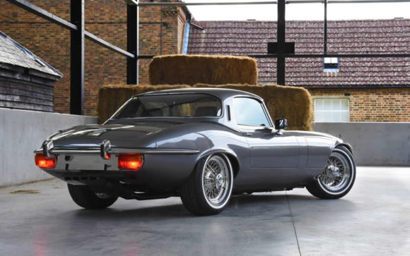 Jaguar E-type-Roadster